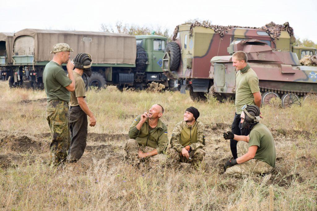 Ранок на військовому полігоні